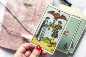 7 Tarot Tips Every Beginner Reader Needs to Know
